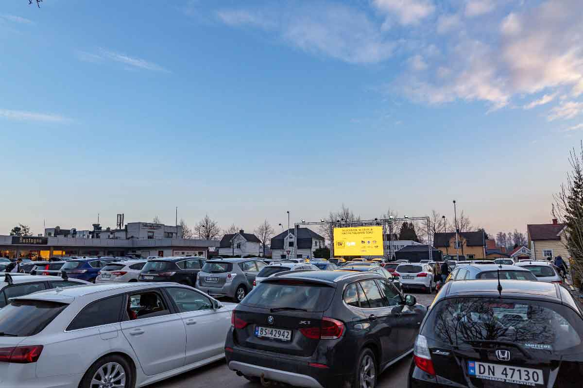 Drive-in kino på Tolvsrød før filmen